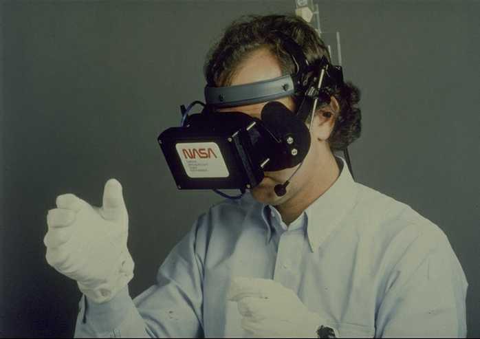 Шлем NASA с жк-экраном
