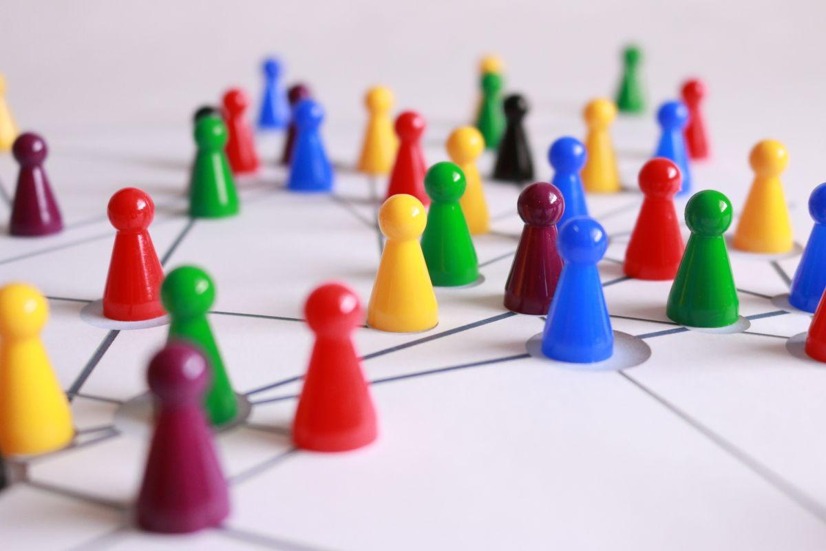 [Конкурс] Обзор Utopia. Что будет, если объединить AOL и Tor?