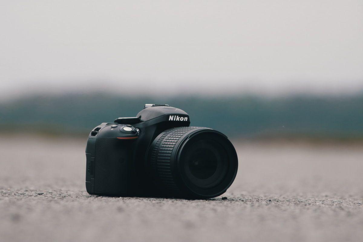 Как сделать из беззеркальной или зеркальной камеры веб-камеру