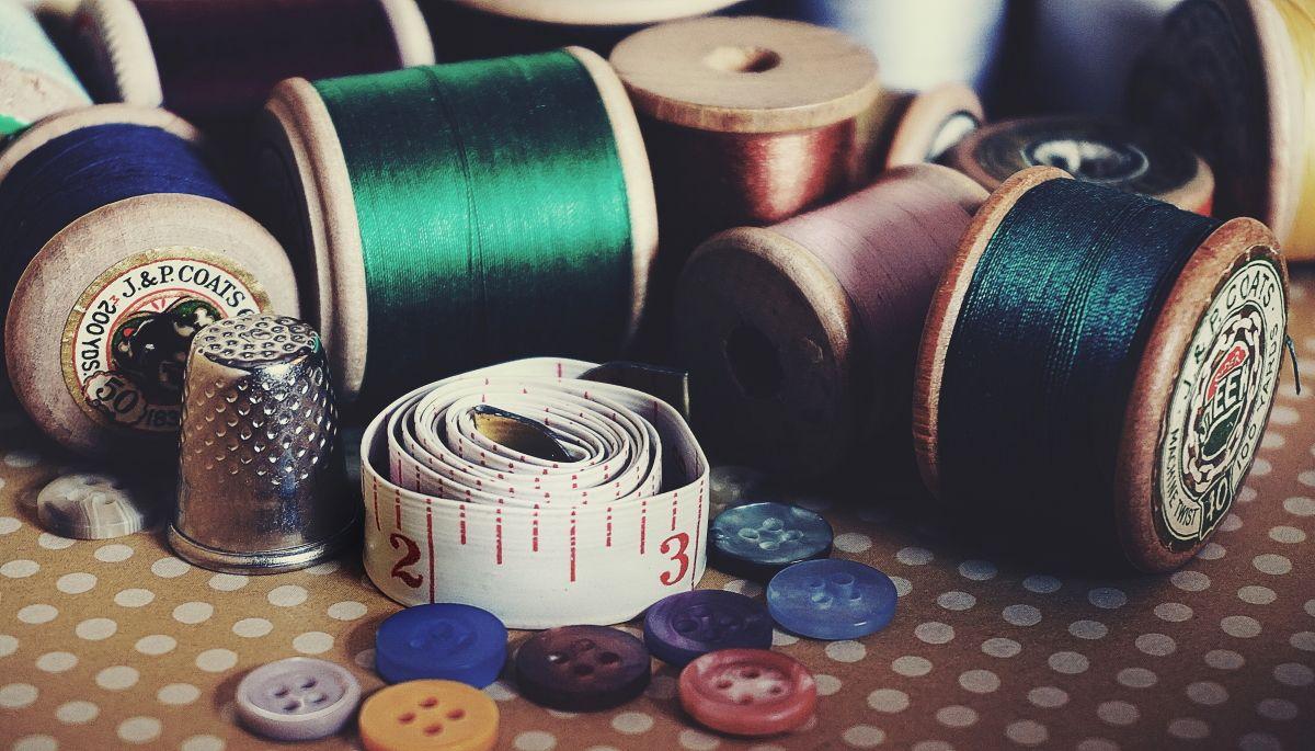 12 сайтов, где можно найти дизайны для машинной вышивки