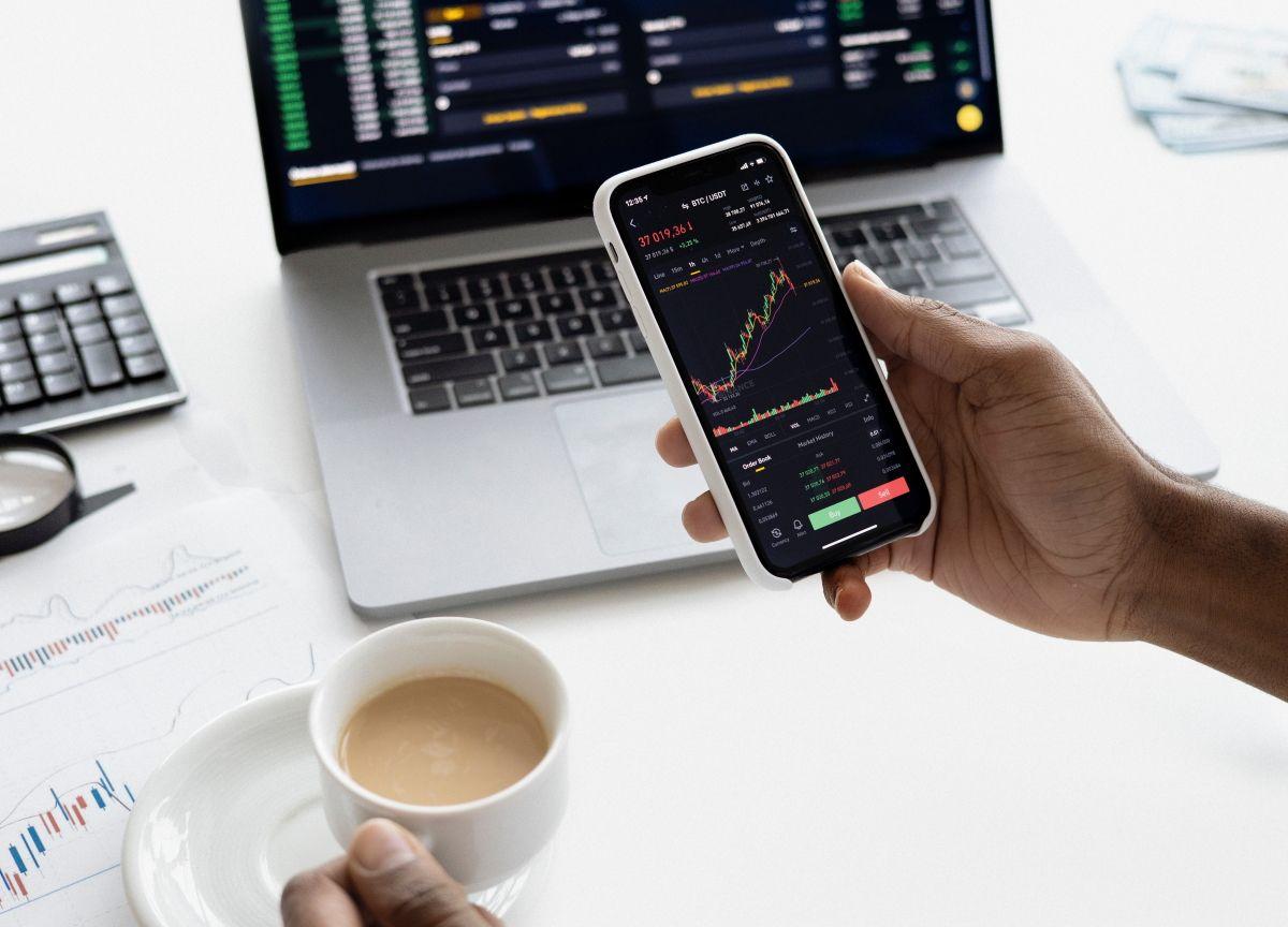 Обзор Simply Wall St. Крутое приложение для анализа инвестиционного портфеля