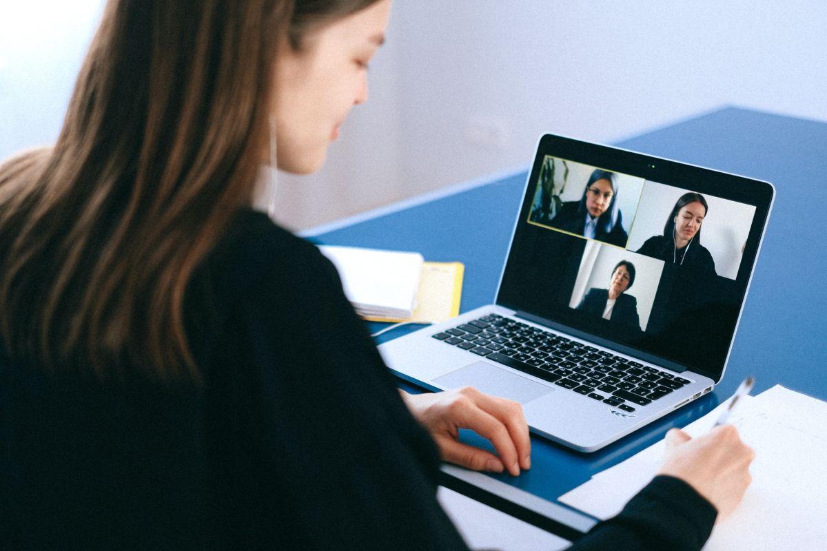 Как сделать виртуальный аватар для созвонов и презентаций