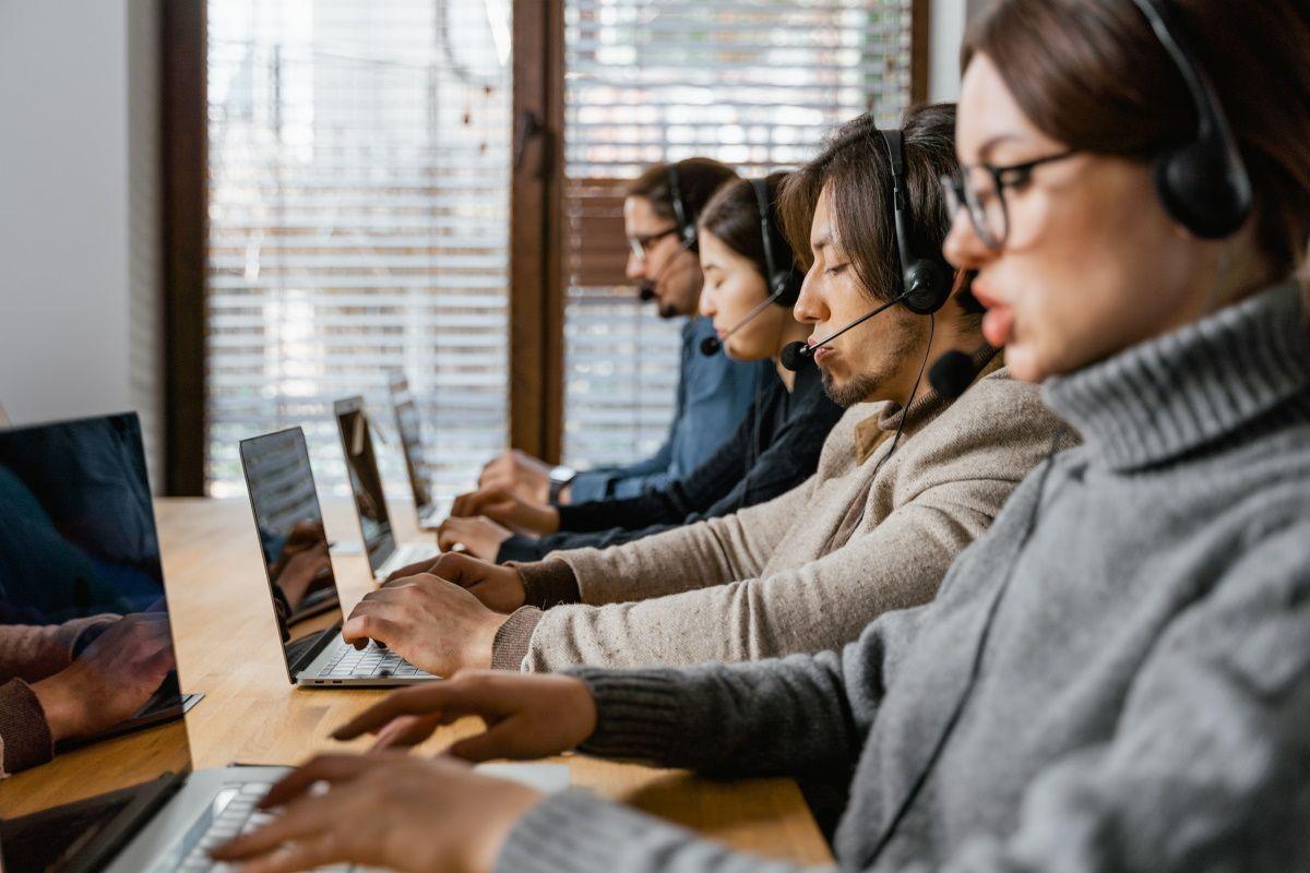 Виртуальная АТС Freezvon: 5 функций для улучшения клиентского сервиса