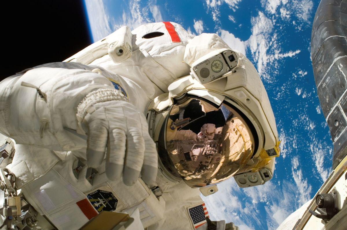 4 способа полететь в космос прямо сейчас