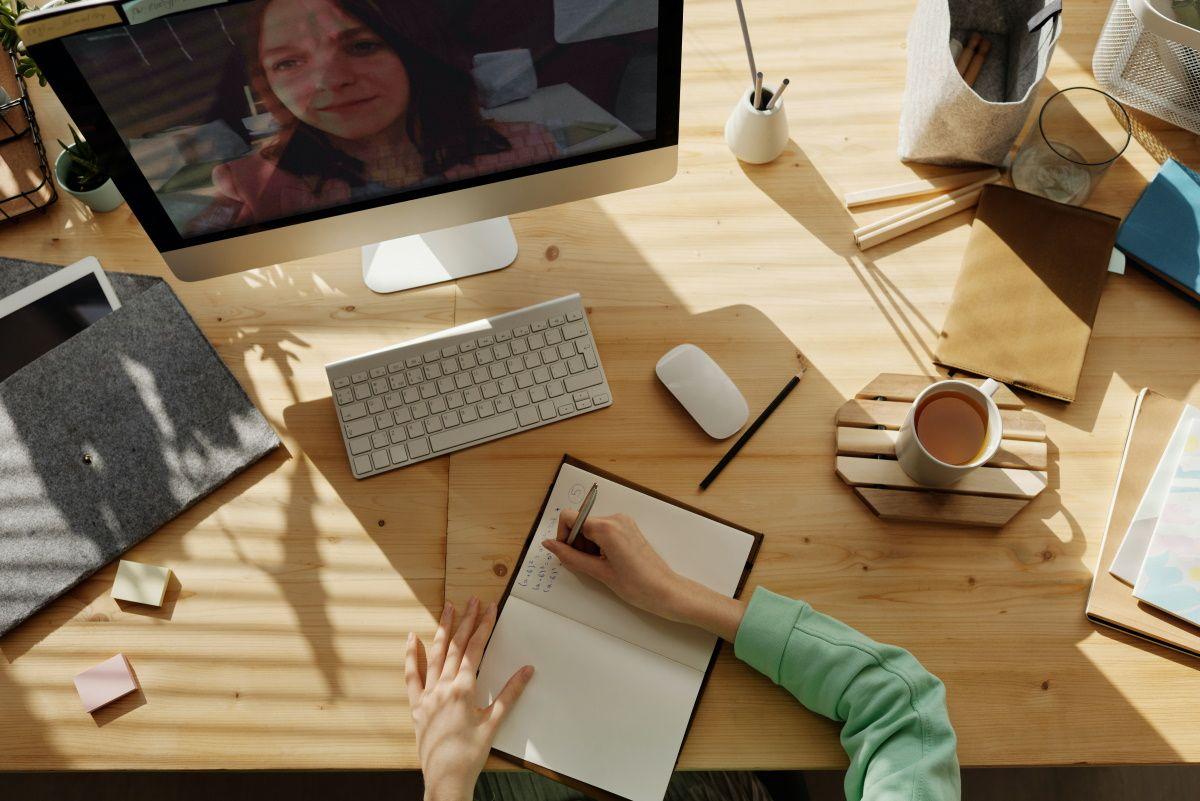 10 сервисов для создания своей онлайн школы