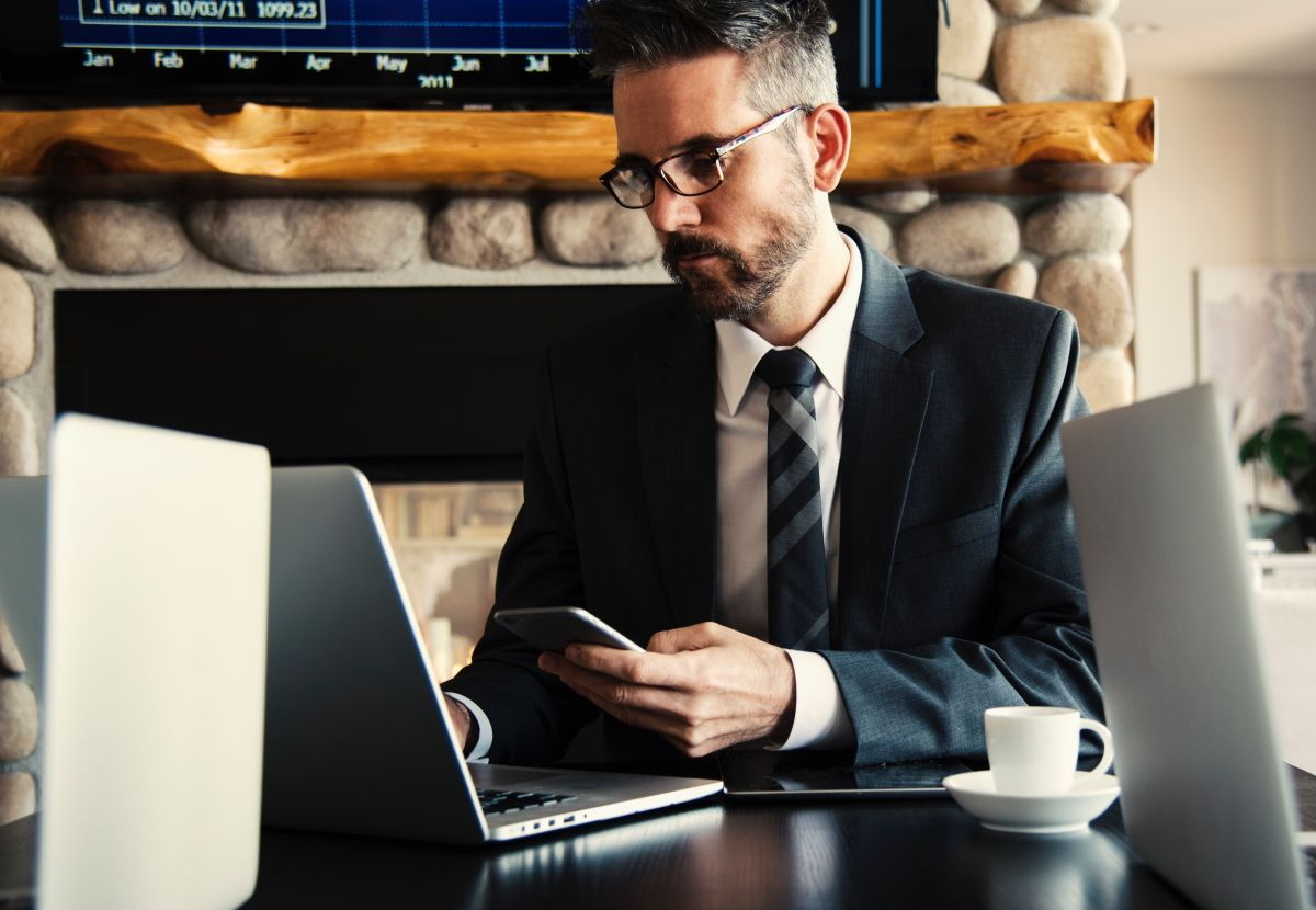 СБИС для электронных торгов: получайте актуальные данные и аналитику со всех торговых площадок