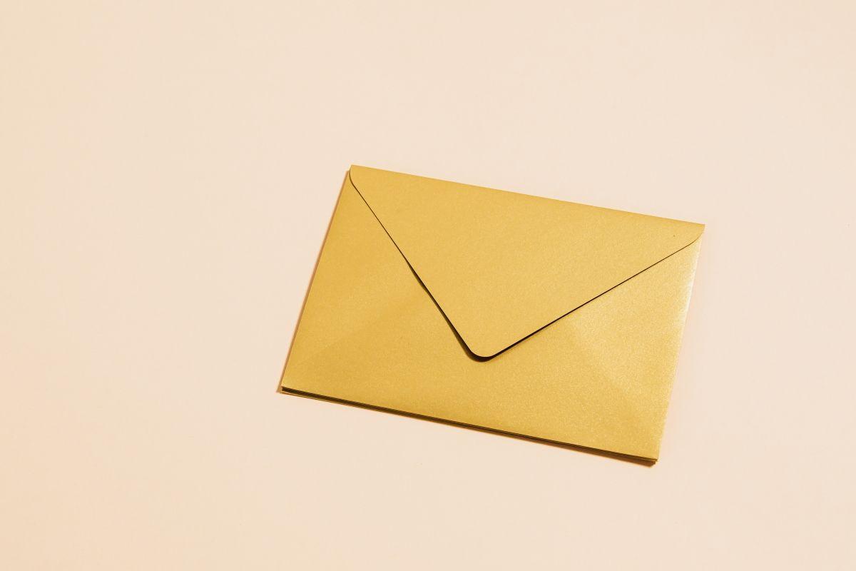 Как создать почтовый конверт с помощью приложения